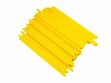 p412y Bâtonnets à suçon jaune
