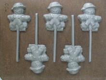 SUH23 Scarecrow Lollipop Mold