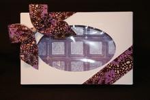 cc00531 Boîte 1lb rect. blanche avec intérieur violet