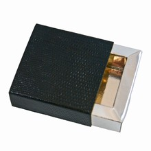 e19163s Ebony and Silver Sleevebox for 1 chocolate