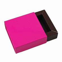E1225b Glossy Fuschia sleevebox for 1 chocolate with Java base
