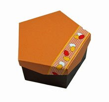 Rigid Pentagon Box D3