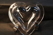 V153 Heart mold