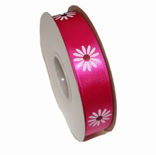 rb55 Fuschia ribbon with daisy print