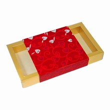 Valentines Rect. box with decorative sleeve