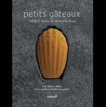 L286 'Petits Gâteau' by Fréderic Anton & Christelle Brua