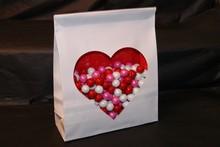 Sachet Paper w/Cello Heart Window
