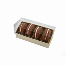 Boîte crème à 4 macarons
