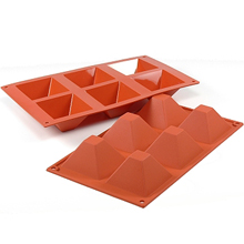 D007 Moule silicone pyramide