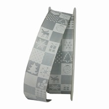 RN352 Christmas Quilt Grey and White Ribbon